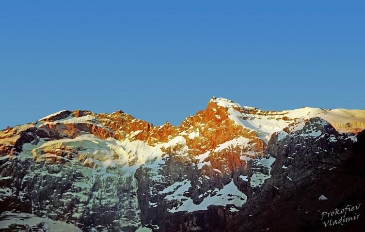 Фанские горы, стена Мария-Мирали