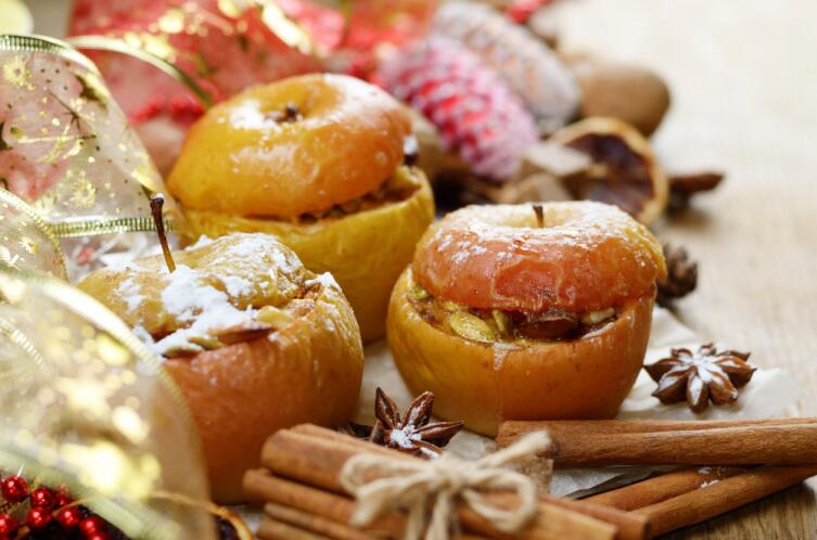 Печёные яблоки: какие вариации на эту тему вам известны?