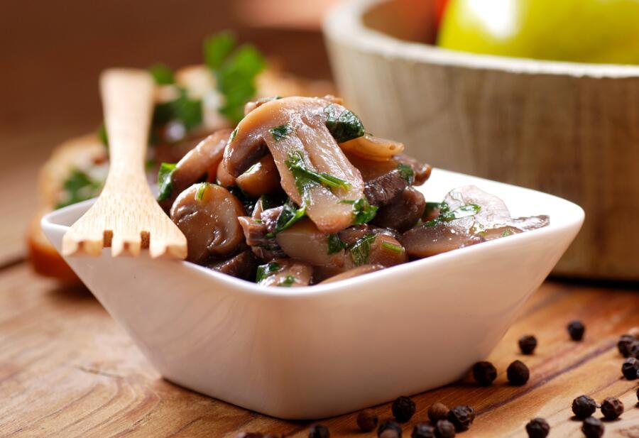 Как замариновать грибы?
