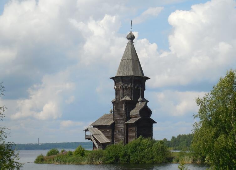 Какой была кондопожская Успенская церковь?