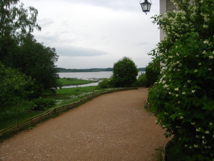 Вид на реку с господского дома. Михайловское