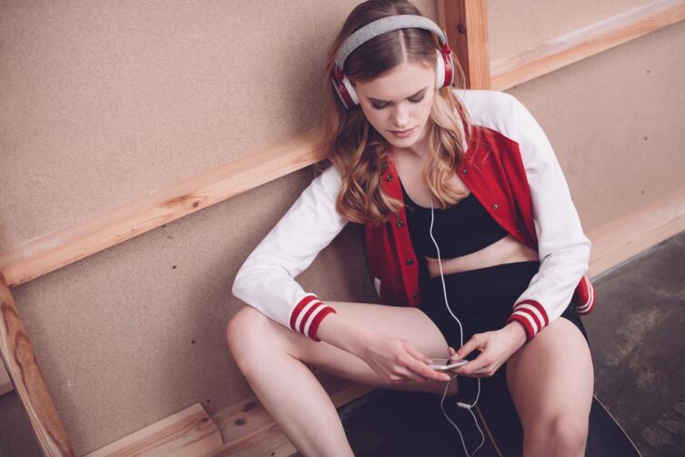 Медики обеспокоены тем, что современные плееры, дискотеки, рок-концерты дают большую нагрузку на слух