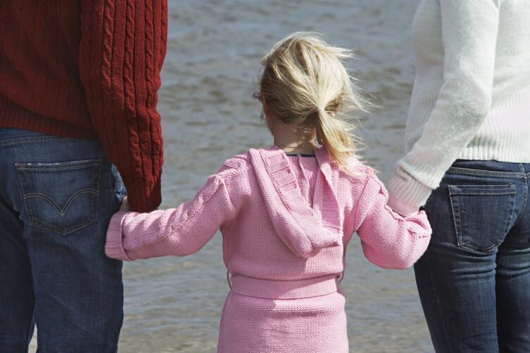 Критической точкой является прохождение ребенка через эдипальную фазу развития — 5−6-летний возраст