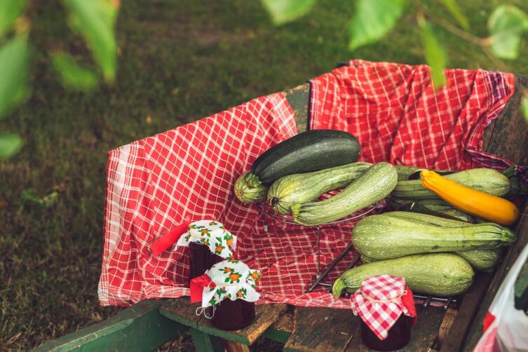 В кабачковое варенье можно добавить любые ягоды или фрукты