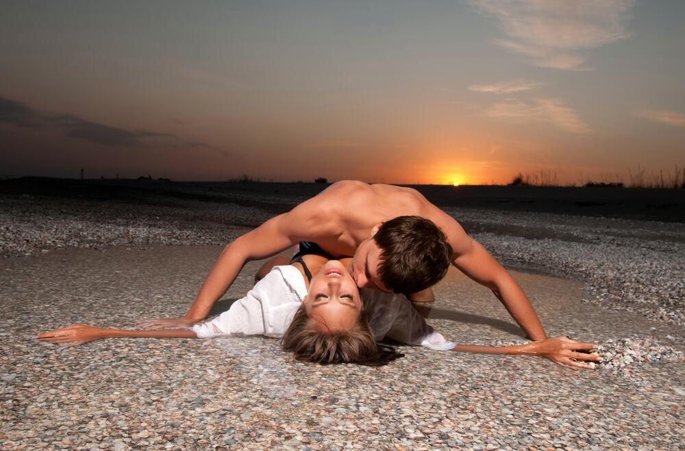 Занятие любовью на пляже фото частное