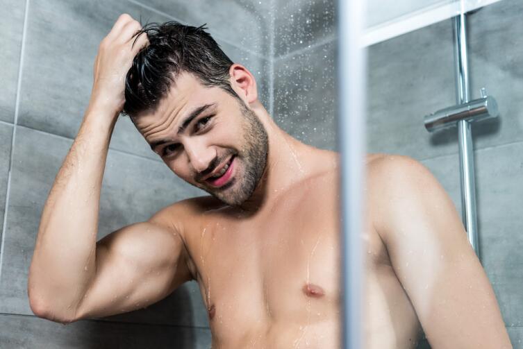 Неприлично принимать душ голым, если ты во Флориде