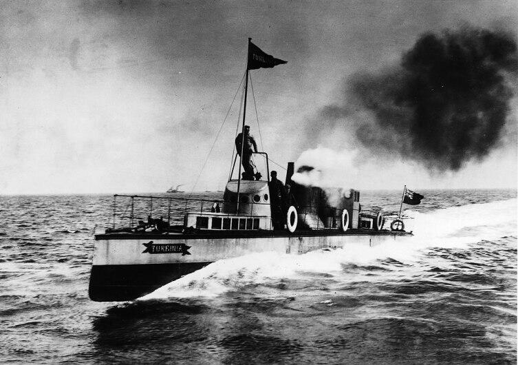 Паротурбоход «Турбиния», судно, построенное в 1894 г. Чарлзом Парсонсом
