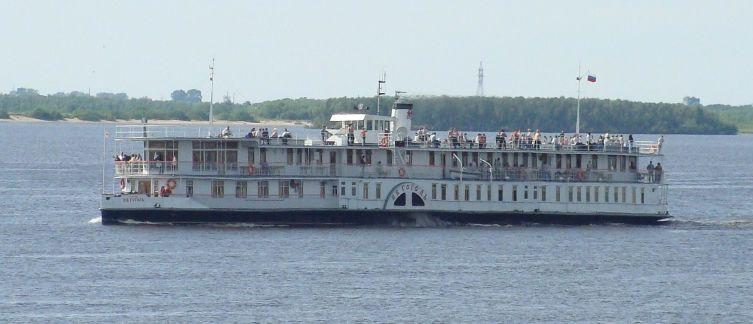 Пароход «Н. В. Гоголь» — старейшее (1911 г.) российское пассажирское судно, находящееся в эксплуатации