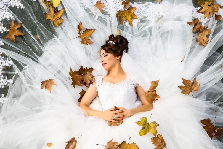 Осень - сбор урожая, пора свадеб на Руси