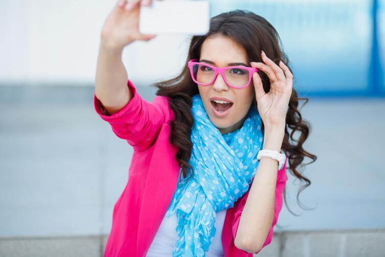 С появлением мобильных устройств делиться информацией стало проще простого