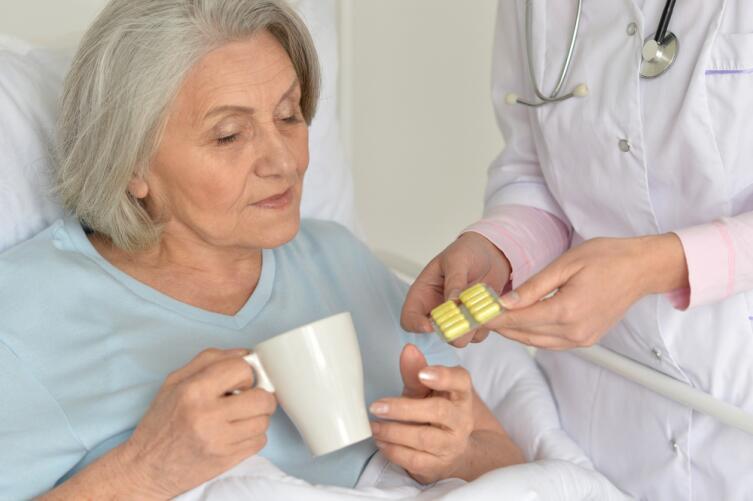 Старость - это не болезнь, но она требует индивидуального подхода
