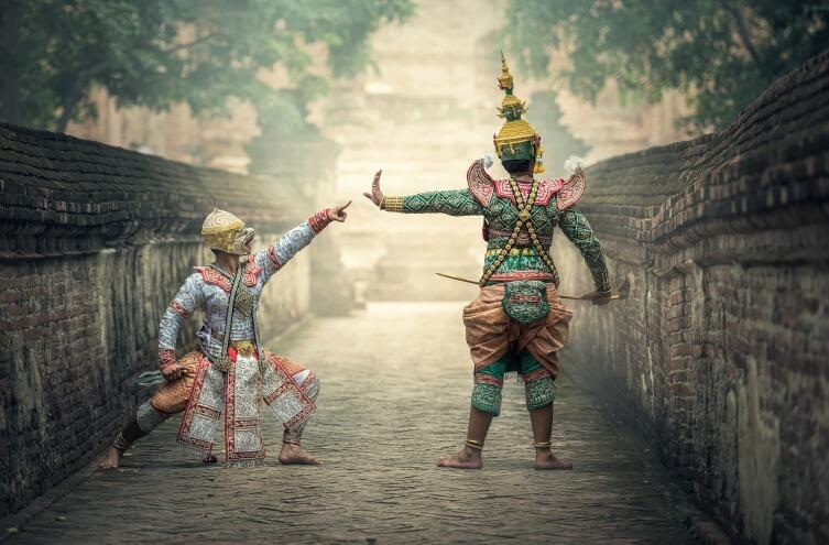 Выступление тайских актеров