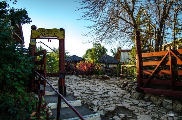 Национальная деревня на Соколовой горе