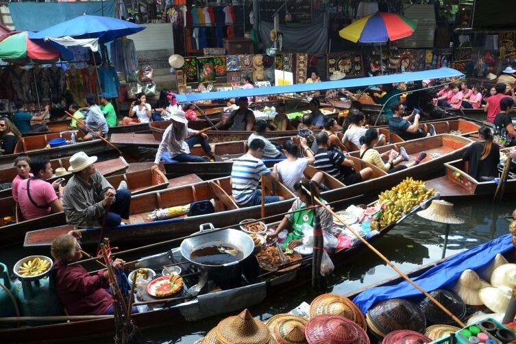 Бангкокский рынок