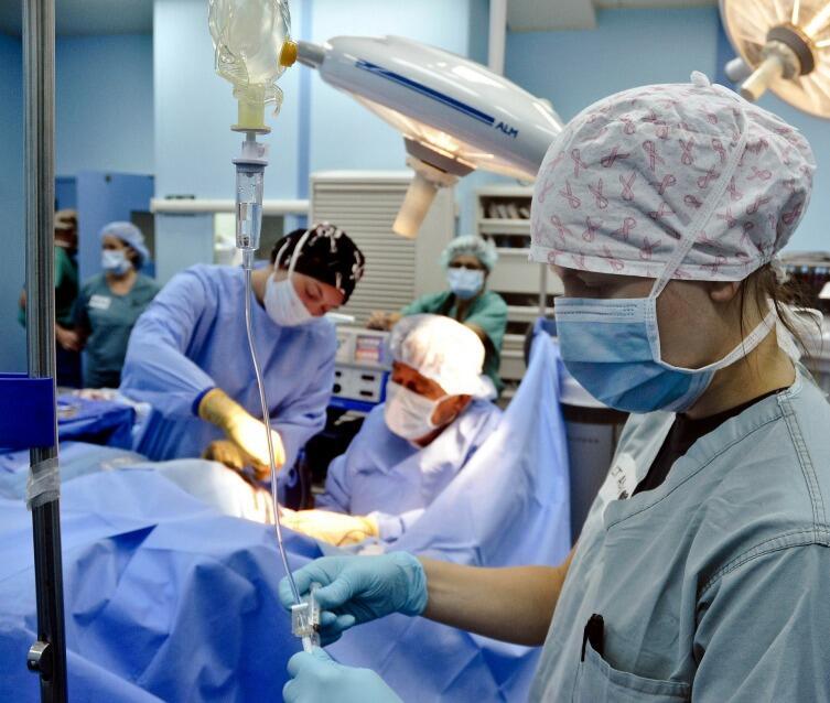 Врачи больше доверяют правилам и показаниям приборов, чем словам пациента