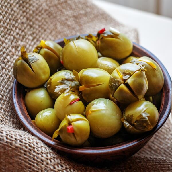 Припасы на зиму. Что приготовить из зеленых помидоров?