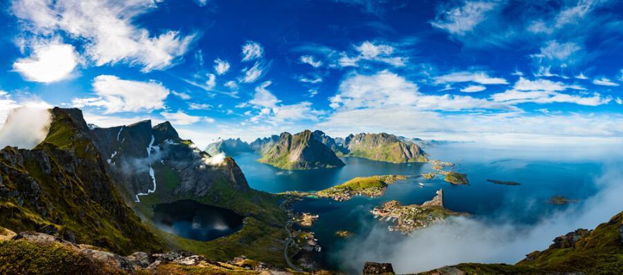Лофотенские острова — архипелаг в графстве Нурланд, Норвегия
