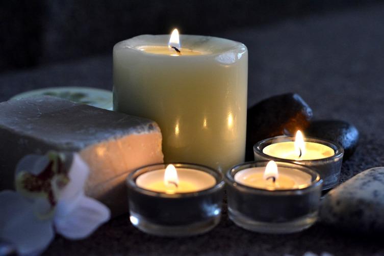Белая свеча очистит мысли