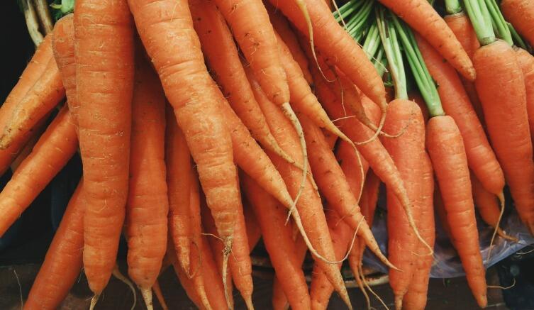 Можно сделать квас из моркови