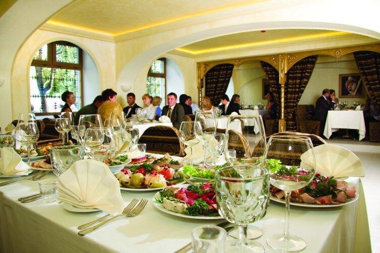 В ресторане «Трапезные палаты Иоанн Васильевич»