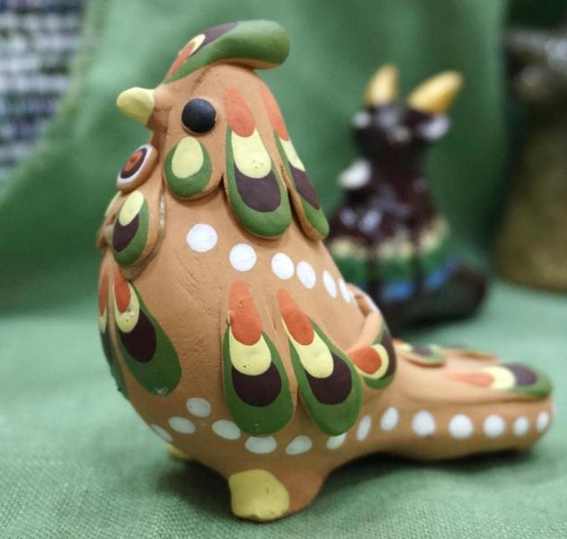 Птичка в зеленом, новоторжская игрушка