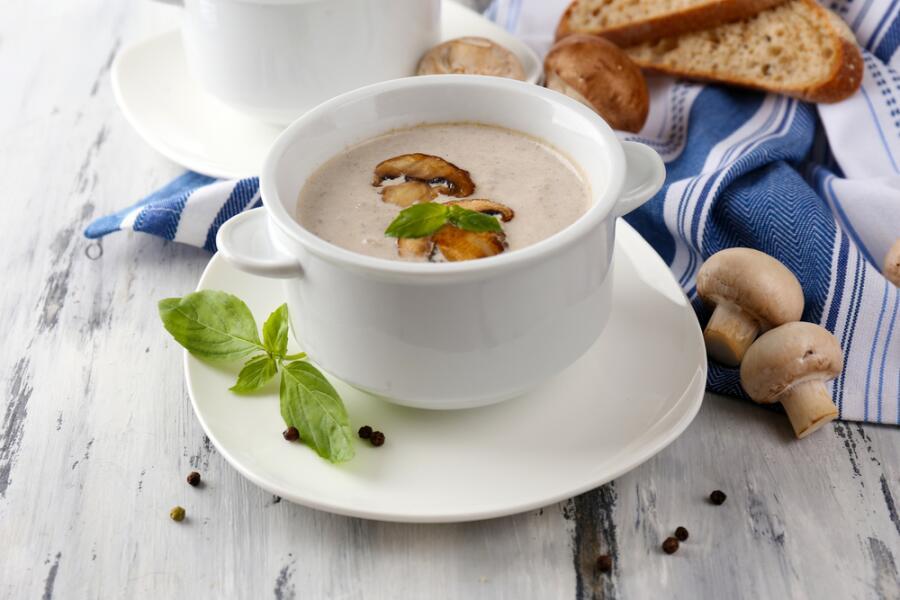 Как впервые в жизни приготовить грибной суп с сыром?