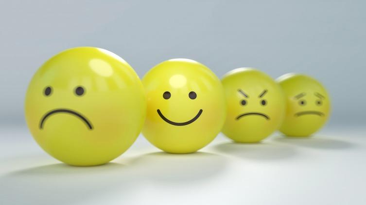 Научиться управлению эмоциями не сложно, необходимо сконцентрировать на них внимание