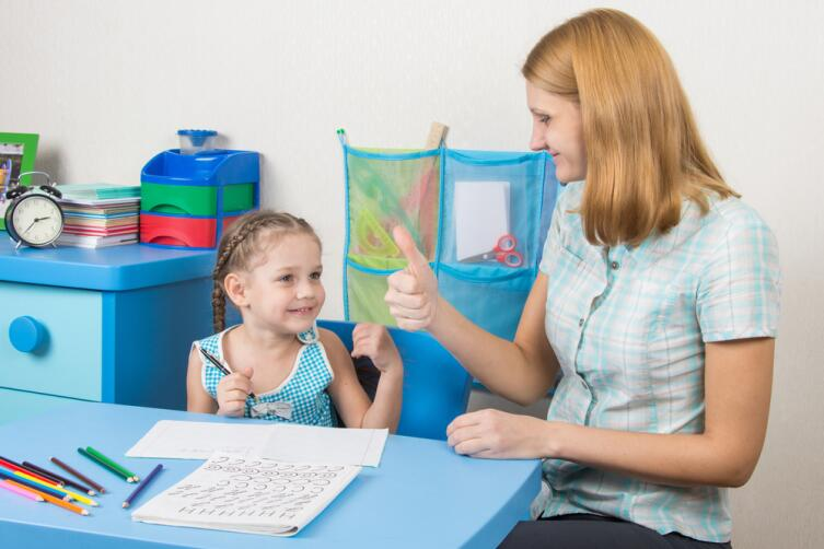Как помочь ребенку в учебе? Будьте внимательны и не суетитесь!