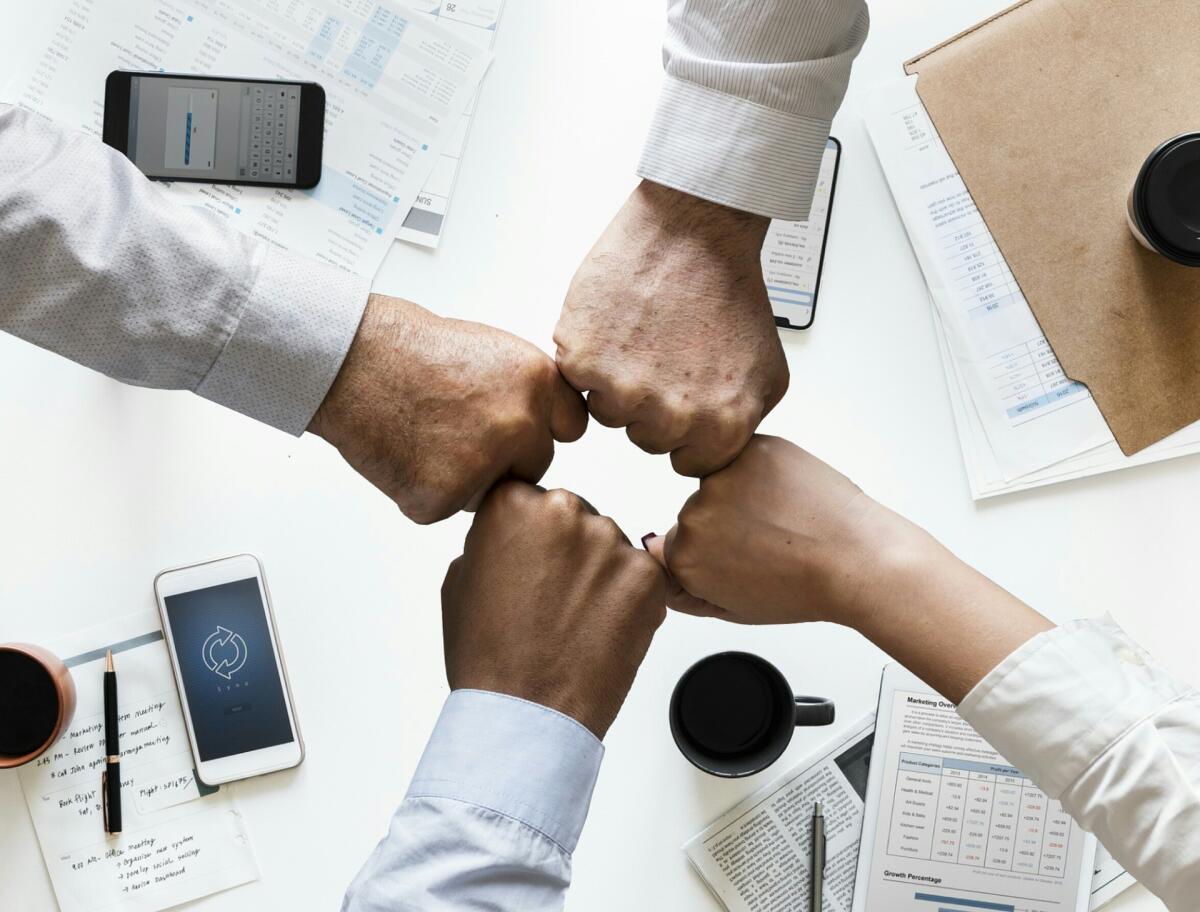 Как построить взаимодействие между сотрудниками компании?