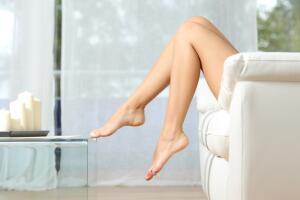 Откуда пришла мода на эпиляцию ног у женщин?