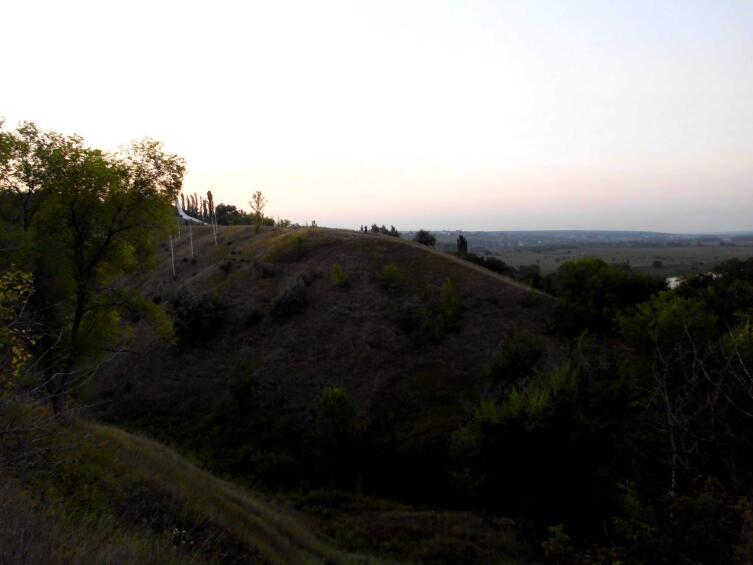 Окрестности Семилук. Отсюда до завода— не более полутора километров по прямой