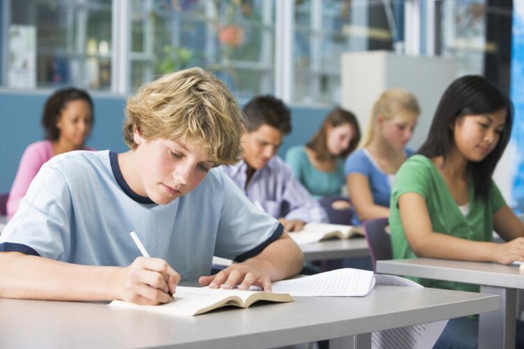 Как помочь ребенку хорошо учиться в школе?