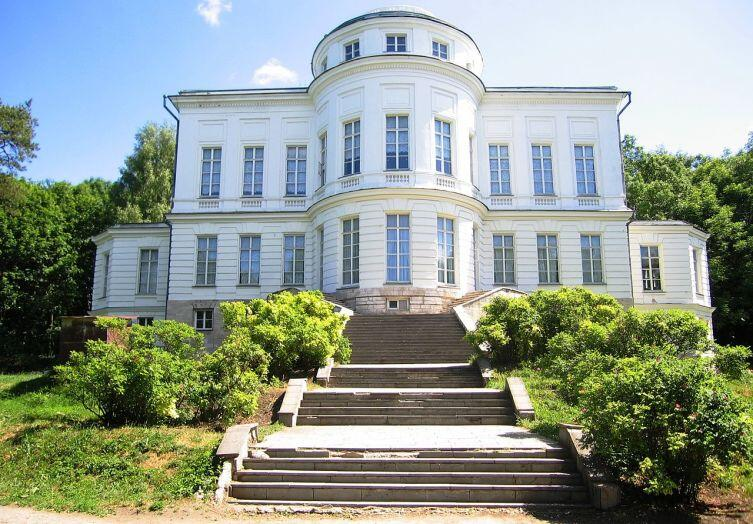 Дворец-музей графов Бобринских