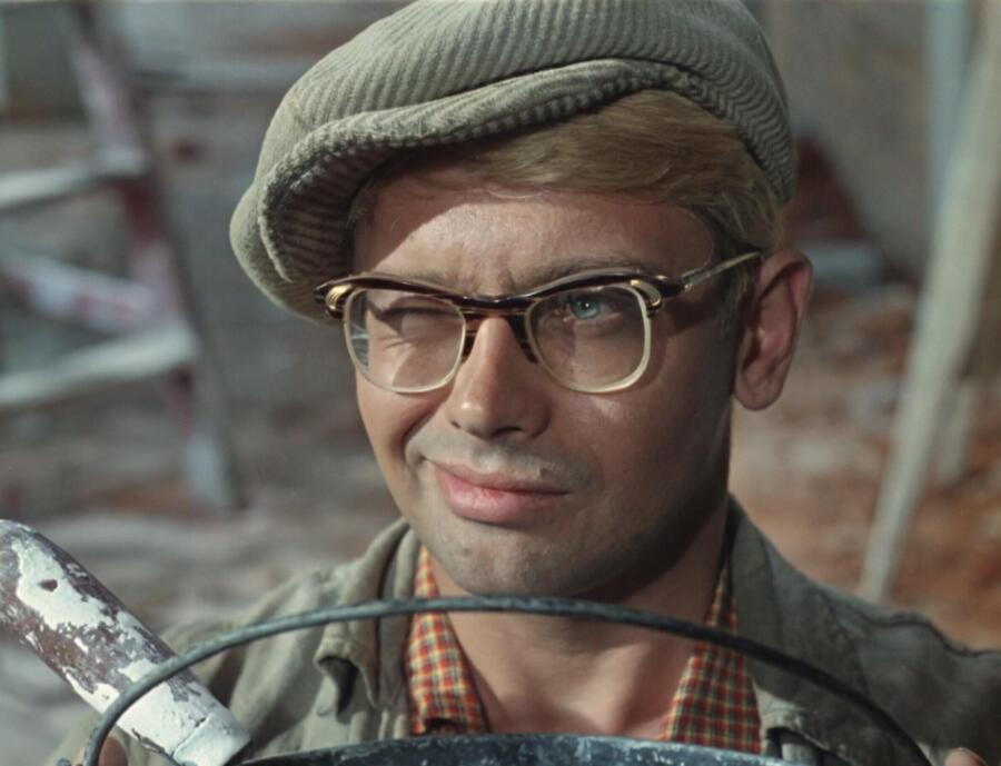 Кадр из фильма «Операция «Ы» и другие приключения Шурика», 1965 г.