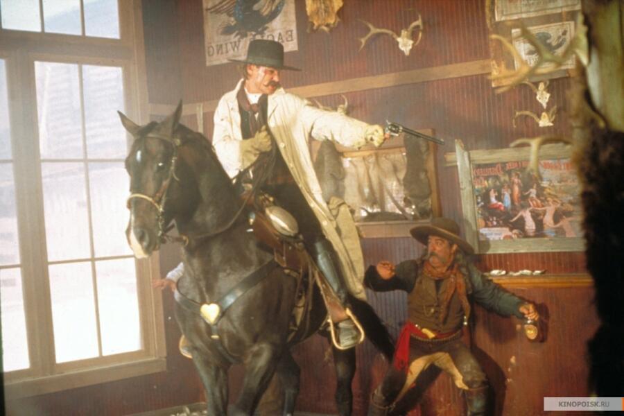 Кадр из к/ф «Тумстоун: Легенда дикого запада», 1994 г.