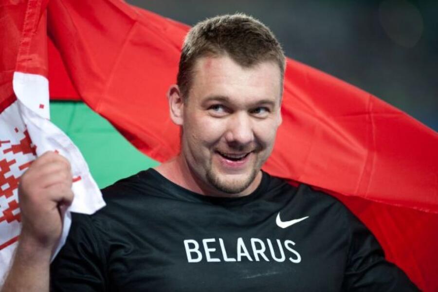 Андрей Михневич на чемпионате мира по Легкой атлетике в Тэгу, 2011 г.<br />