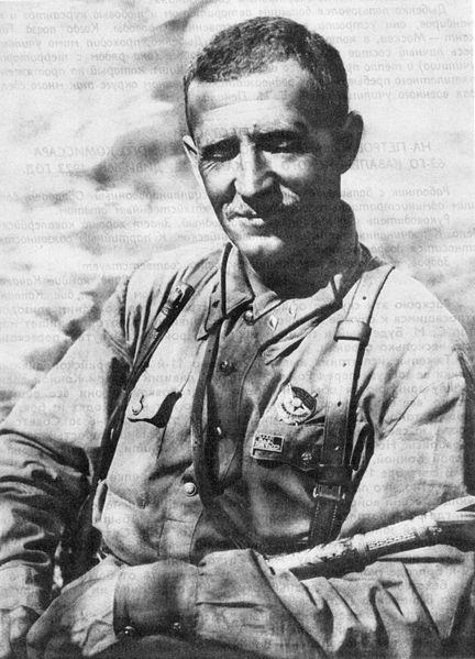 Кавалерист И. Е. Петров во время службы в ТуркВО