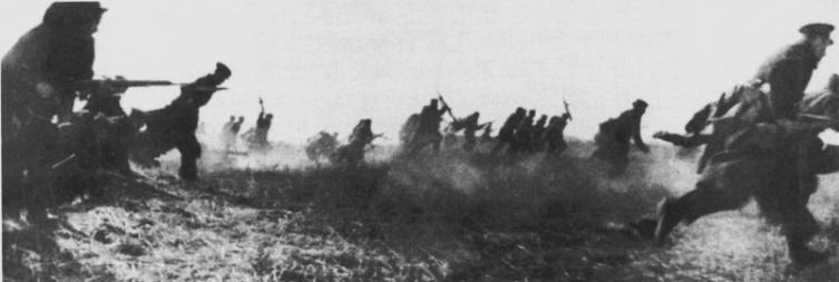Атака советской морской пехоты под Севастополем