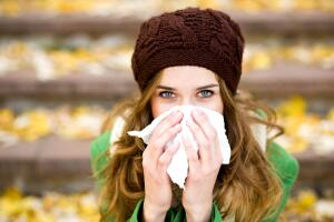 Мы забываем, что, если простуду начать вовремя и правильно лечить, она может пройти за пару дней.