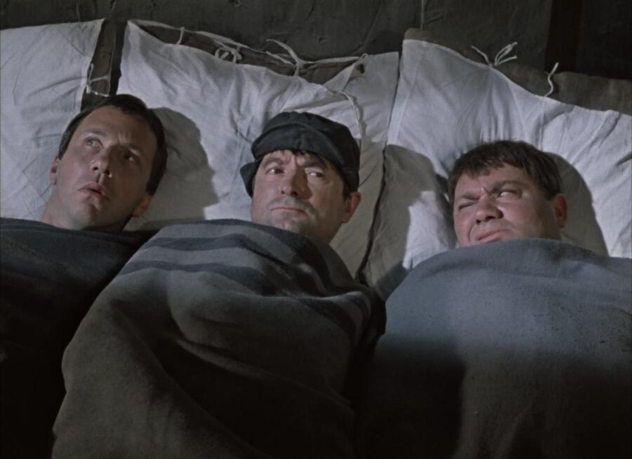Кадр из фильма «Джентельмены удачи», 1971 г.
