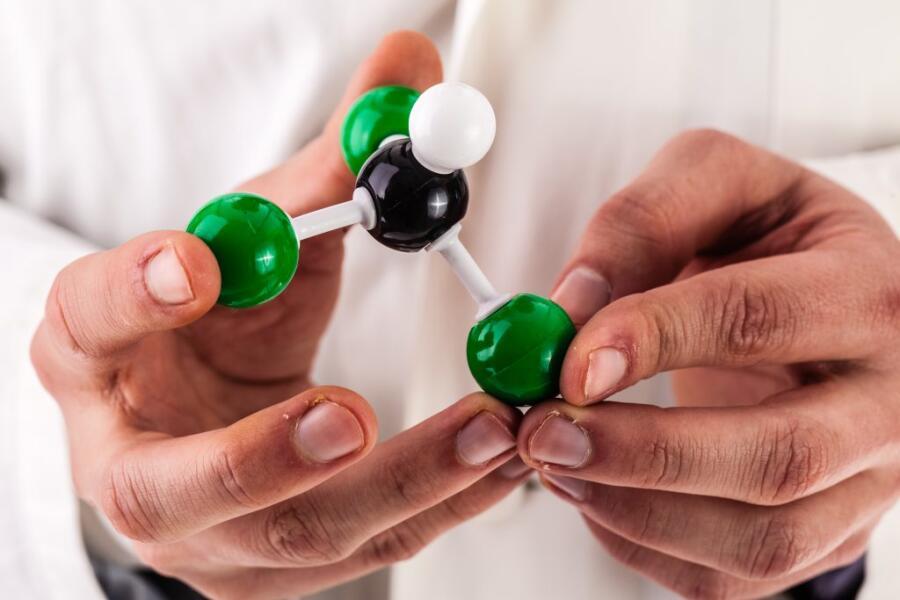 Молекулярная структура хлороформа