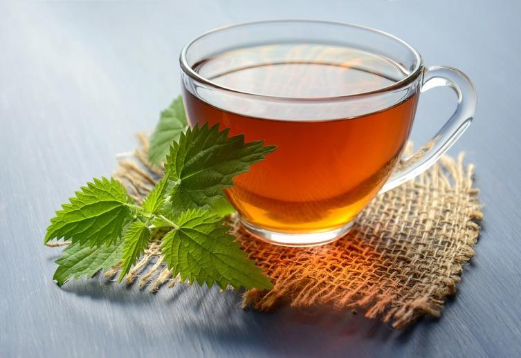 Чем вредны чаи с целебными травами?