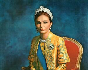 Кто помнит Диба Фарах Пехлеви? К юбилею единственной коронованной императрицы Ирана. Часть 1