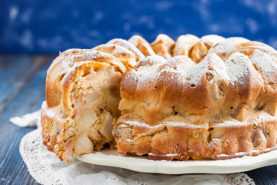 Как приготовить пирог, который сделает осенний день более теплым и уютным?