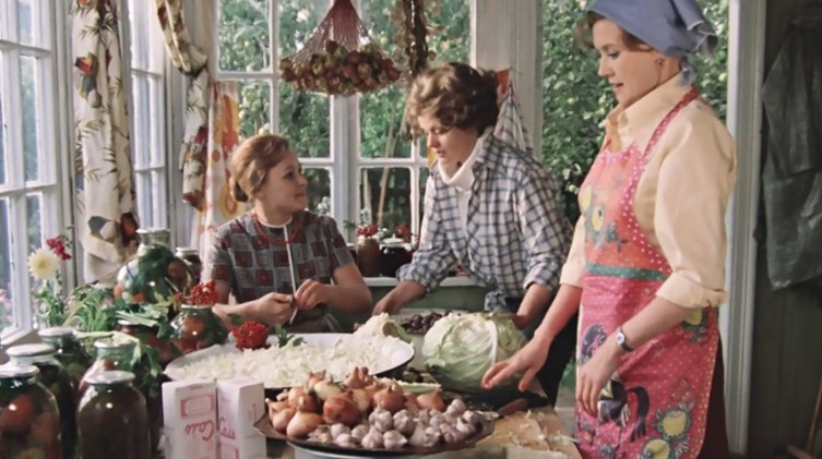 Фильм «Москва слезам не верит» - рассказ о скорбной участи советской женщины?