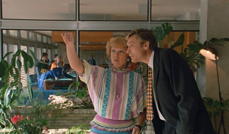 Кто из персонажей фильма «Любовь и голуби» победил время?