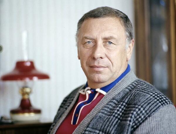 Почему Анатолия Папанова называли совестью советского кино?