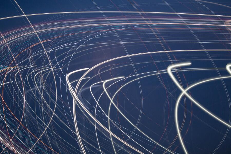 Наиболее точное измерение скорости света на основе эталонного метра было проведено лишь в 1975 году<br /> <br />