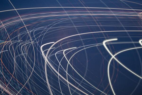 Кто первый «вычислил» скорость света с наибольшей точностью?