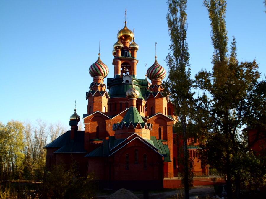Свято-Митрофановский храм города Семилуки